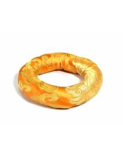 Podložka pod tibetskou mísu ze zlato-oranžového brokátu, prům 11 cm