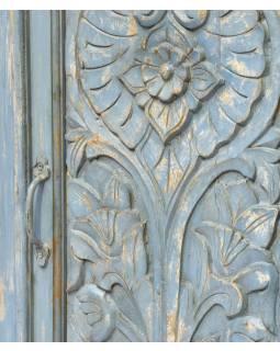 Skříň z mangového dřeva, tyrkysová patina, ruční řezby, 58x30x153cm
