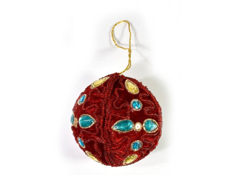 Vánoční ozdoba, červená koule, bohatě zlatě zdobená, průměr 8cm