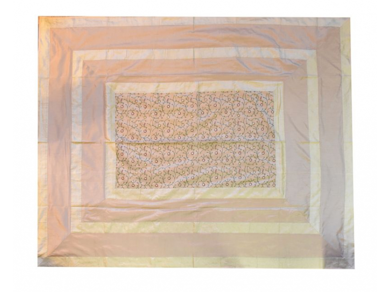 Vyšívaný přehoz se čtyřmi polštářky, 220x270cm