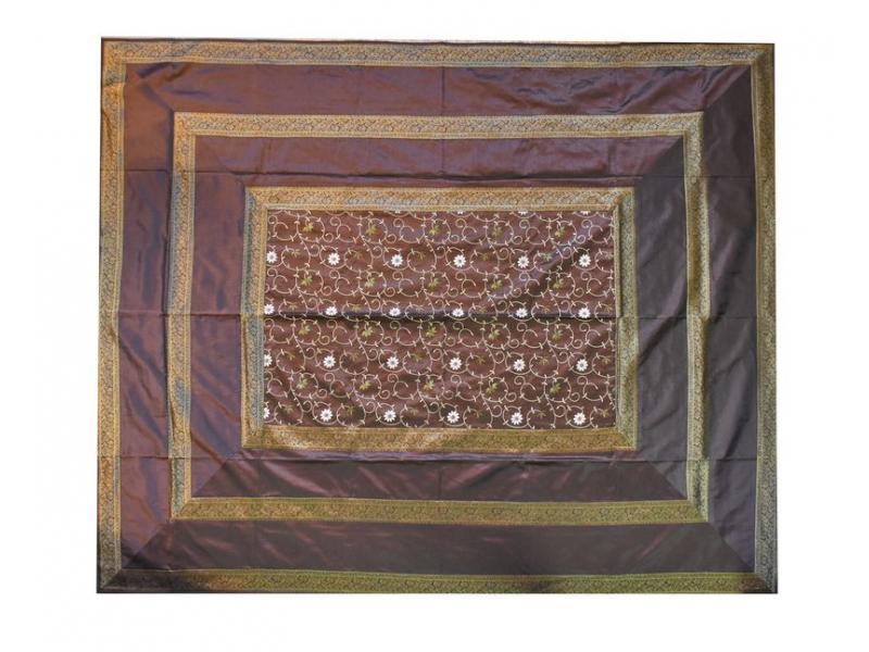 Vyšívaný přehoz se čtyřmi polštářky, hnědý, 220x270cm