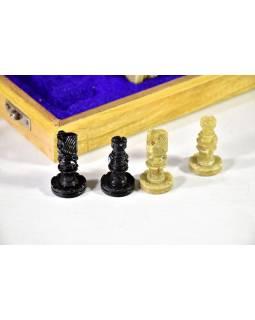Šachy kamenné, cca 26*26 cm