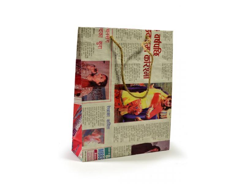 Papírová taška, noviny, 25x20cm