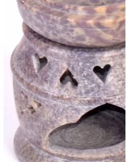 Kamenná aromalampa, ručně prořezávaná, 9x9x12cm
