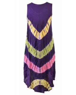Krátké fialové šaty bez rukávu, barevné batikované pruhy, výšivka
