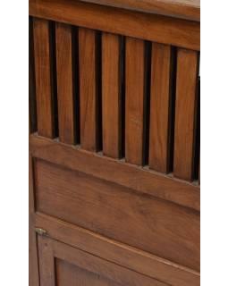 Prádelník z teakového dřeva, 51x51x110cm