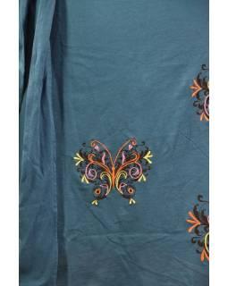 Modré šaty na ramena, krátký rukáv,  barevná výšivka motýl