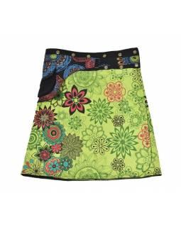 Polodouhá zelená sukně zapínaná na patentky, kapsa, flower print
