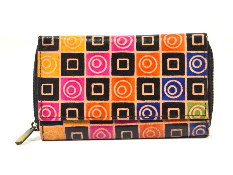 Peněženka zapínaná na zip, černá, geometrie, malovaná kůže, 17x11cm
