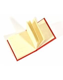 Notýsek vyrobený z ručního papíru, zlatý potisk, 6x6cm