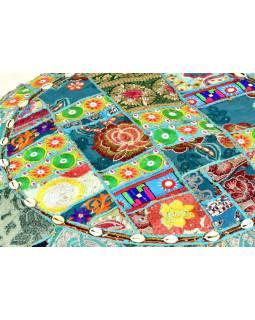 Světle modrý meditační polštář, ručně vyšívaný Kutch Design, kulatý, 75x25cm