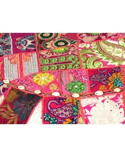 Růžový meditační polštář, ručně vyšívaný Kutch Design, kulatý, 75x 25cm