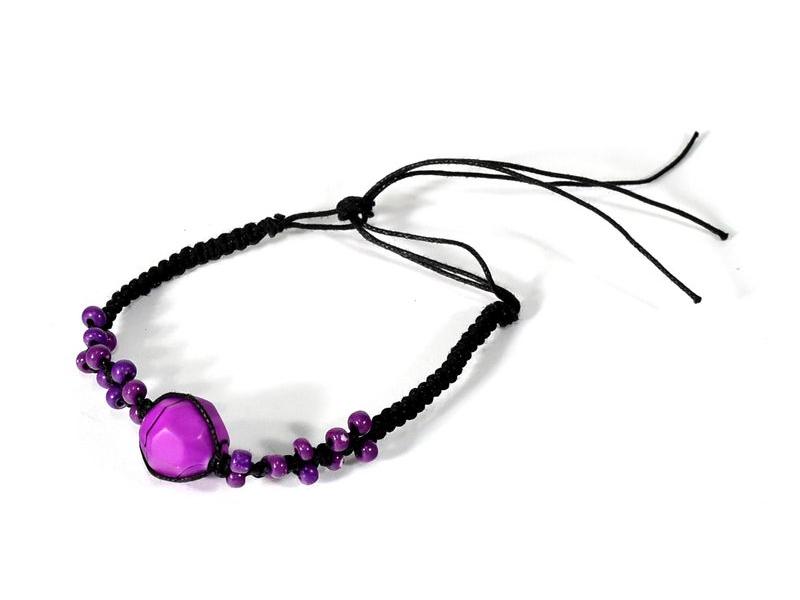 Pletený náramek s fialovými korálky, nastavitelná velikost