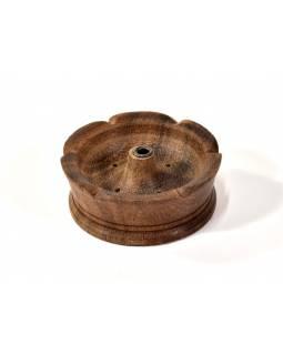 Dřevěný stojánek na tyčinky, vyřezávaný, 5cm