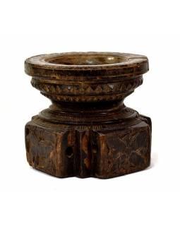 Antik svícen s originální řezbou, týk, 14x15x13cm