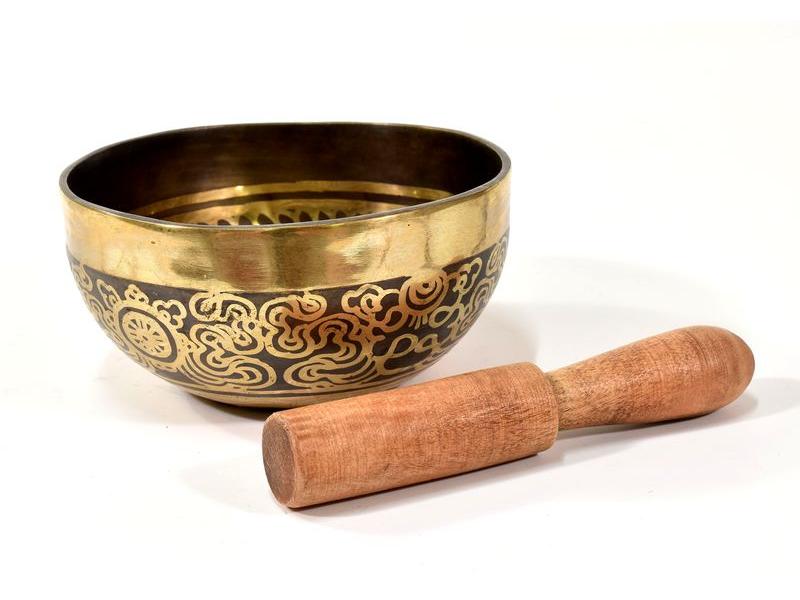 """Tibetská mísa, """"Gulpa"""", gravírovaná s designem, průměr 12 cm"""
