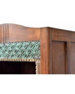 Knihovna z teakového dřeva ručně vyřezávaná, 69x44x180cm
