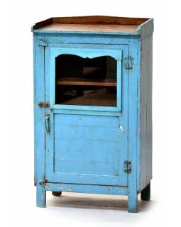 Prosklená skříňka z teakového dřeva, tyrkysová patina, 55x34x96cm