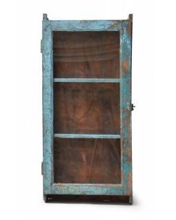 Prosklená skříňka z teakového dřeva, tyrkysová patina, 48x16x78cm