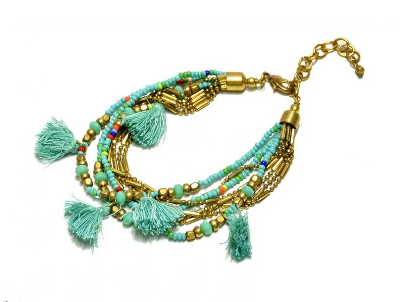 Náramek z korálků, osm řad, tyrkysovo-zlatý, třásně, zapínání
