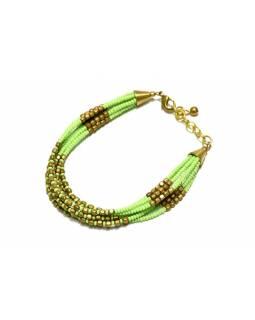 Náramek z korálků, sedm řad korálků, zeleno-zlatý, zapínání