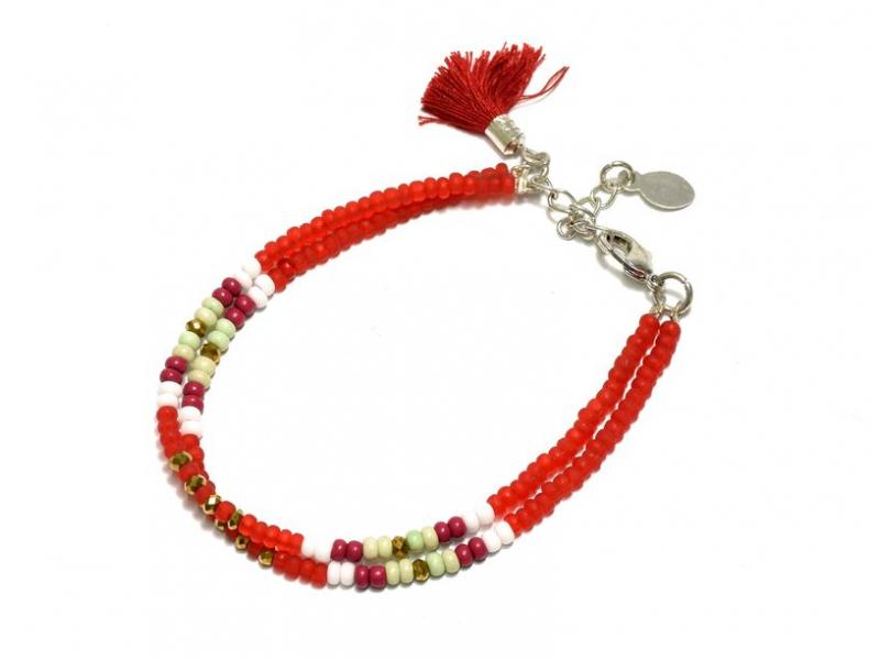 Náramek z korálků, dvě řady korálků, červený, třáseň zapínání
