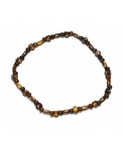 Hnědý kostěný náhrdelník, válečky a kuličky, na gumičce