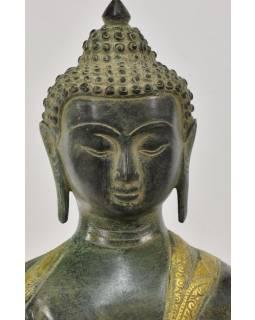 Buddha ochránce (Abhaya), antik zelená patina, mosaz, 34x28x53cm