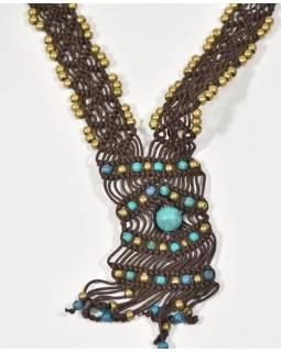 Hnědý pletený náhrdelník s tyrkysovými a zlatými korálky