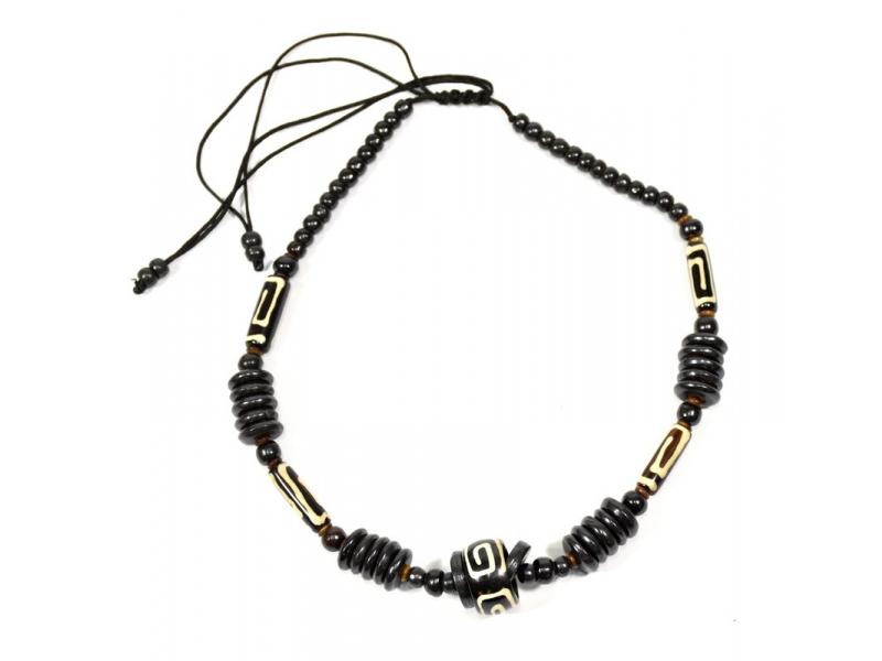 Kostěný náhrdelník, černý, malovaná spirála, na stahovací šňůrce