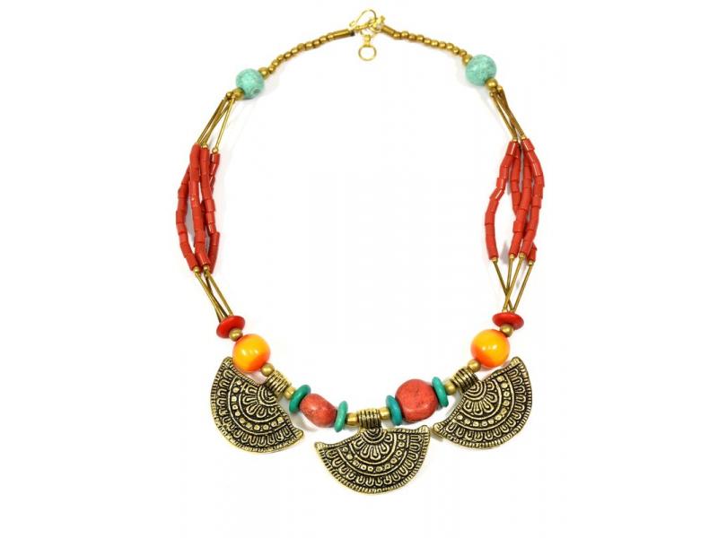 Masivní náhrdelník, červené, tyrkysové a zlaté korálky, zlaté přívěšky