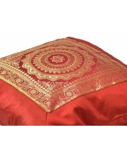 Povlak na polštář, vínový s mandala designem, zlatá výšivka, 40x40cm