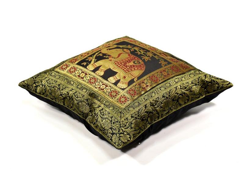 Povlak na polštář, černý, slon, bohatá zlatá výšivka, 40x40cm