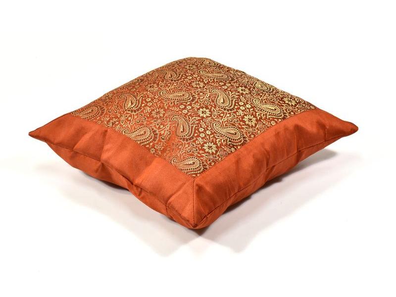Povlak na polštář s výšivkou paisley, saténový, cihlový, zip, 40x40cm