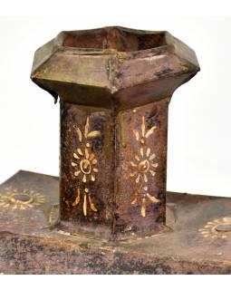 Stará kovová nádoba na vodu,, 45x11x50cm