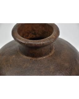 Stará kovová nádoba na vodu, průměr 25cm, výška 24cm