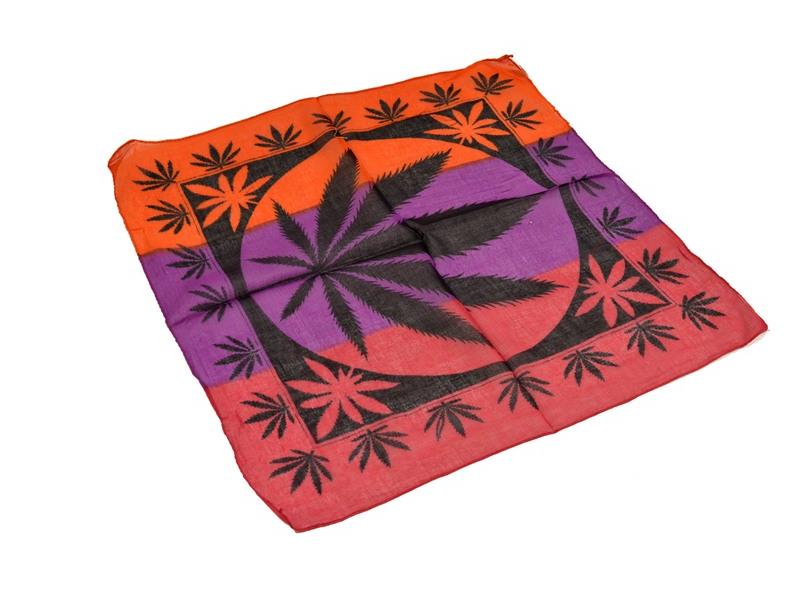 Šátek malý, tisk marihuana, černo-fialovo-červený, bavlna, 50x50cm