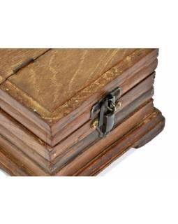 Dřevěná antik šperkovnice z teaku, železné kování, 22x16x12cm