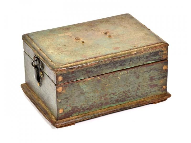 Dřevěná antik šperkovnice z teaku, železné kování, 23x17x13cm
