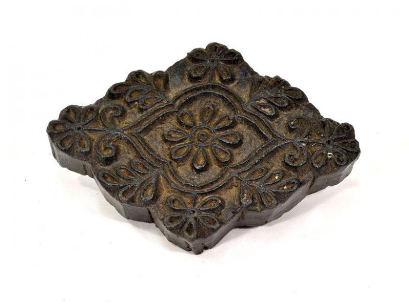 Antik dřevěná raznice na tisk přehozů s motivem floral, block print, 18x14cm