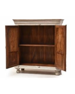 Skříň z mangového dřeva, ruční řezby, šedá patina, 100x43x112cm