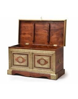 Truhla z palisandrového dřeva, zdobená mosazným kováním, 90x45x48cm