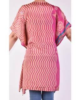 Krátké růžové šaty s potiskem, krátký rukávek