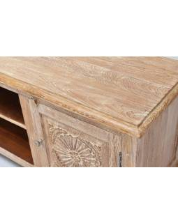 Komoda pod TV z teakového dřeva ručně vyřezávaná, bílá patina, 181x46x60cm