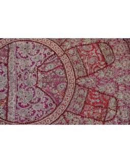 Unikátní tapiserie z Rajastanu, vínová, ruční zlaté vyšívání, 108x157cm
