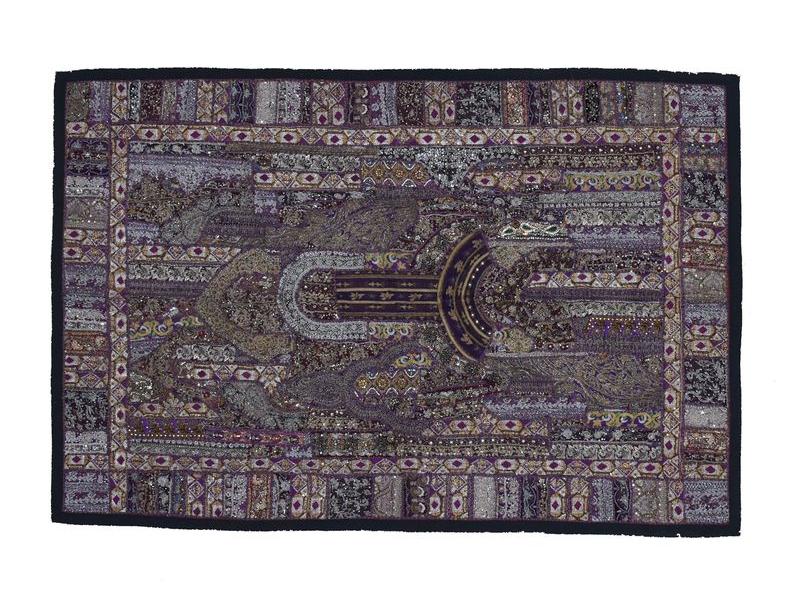Unikátní tapiserie z Rajastanu, fialová, ruční zlaté vyšívání, 108x157cm