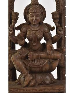 Dřevěná socha Laxmi z jižní Indie, rain tree wood, 33x11x69cm