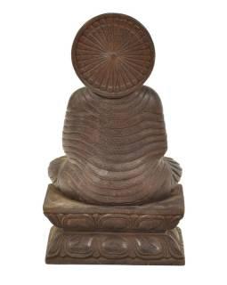 Dřevěná socha Buddhy z jižní Indie, rain tree wood, 17x10x30cm