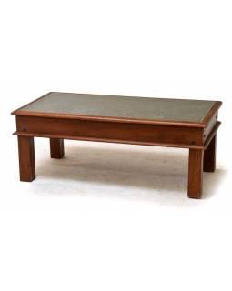 Konferenční stolek z teakového dřeva zdobený starými raznicemi, 60x90x45cm