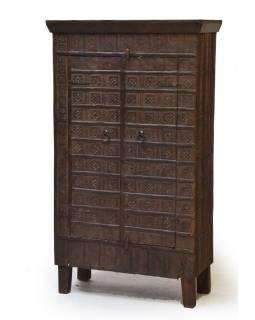 Šatní skříň z teakového dřeva, železné kování, 83x40x145cm